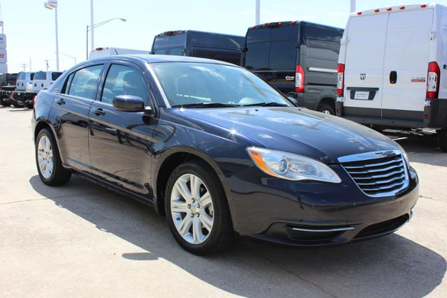 Used Chrysler 200 4dr Sdn Touring
