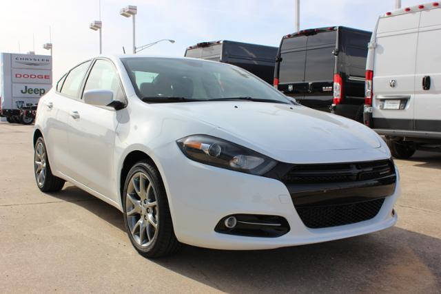 New Dodge Dart 4dr Sdn SXT