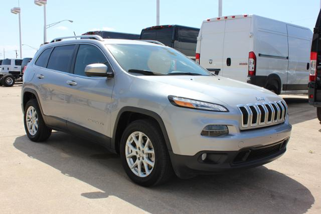 Used Jeep Cherokee FWD 4dr Latitude
