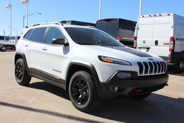 rebates and incentives 2015 jeep cherokee 4wd 4dr trailhawk. Black Bedroom Furniture Sets. Home Design Ideas