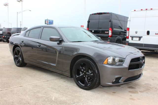 Used Dodge Charger 4dr Sdn SXT RWD