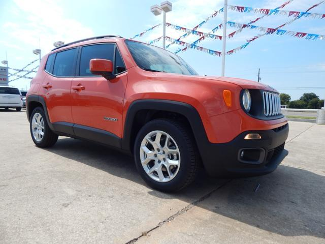 New Jeep Renegade FWD 4dr Latitude
